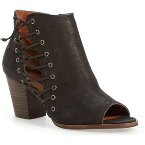 Lucky Brand black side laces open toe bootie